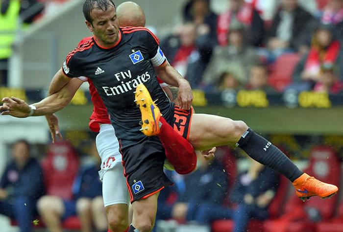 Escalofriante lesión de futbolista colombiano en Alemania 0509