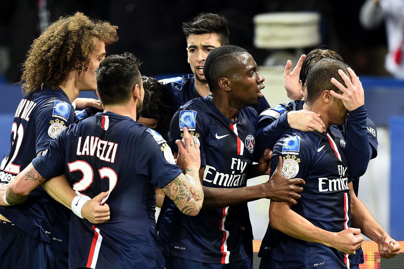 PSG gana a Marsella y aprieta la tabla