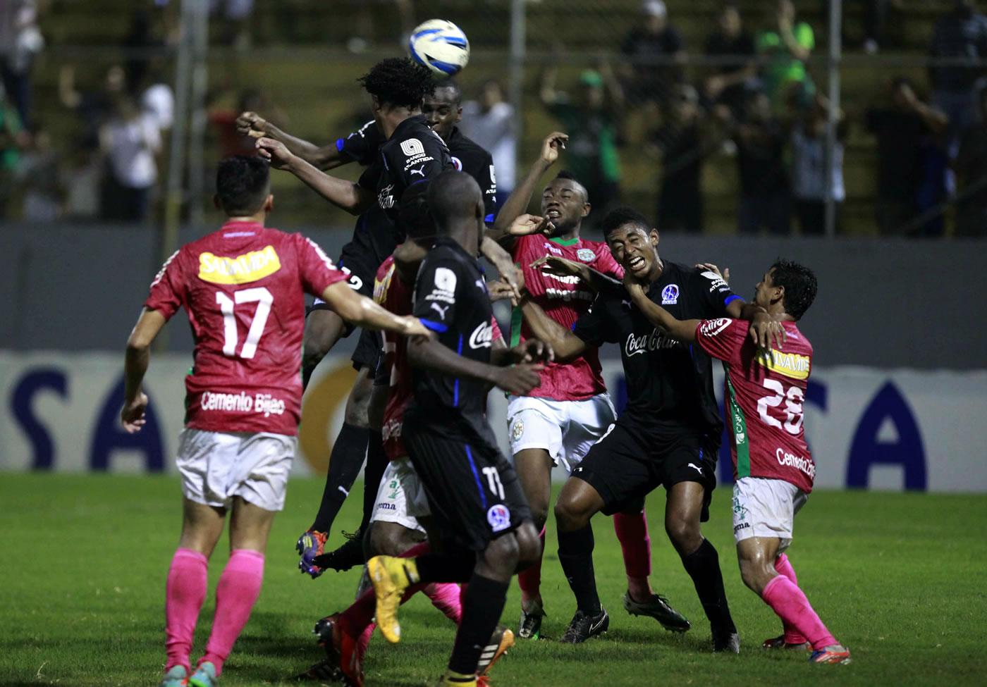 Marathón 2-2 Olimpia