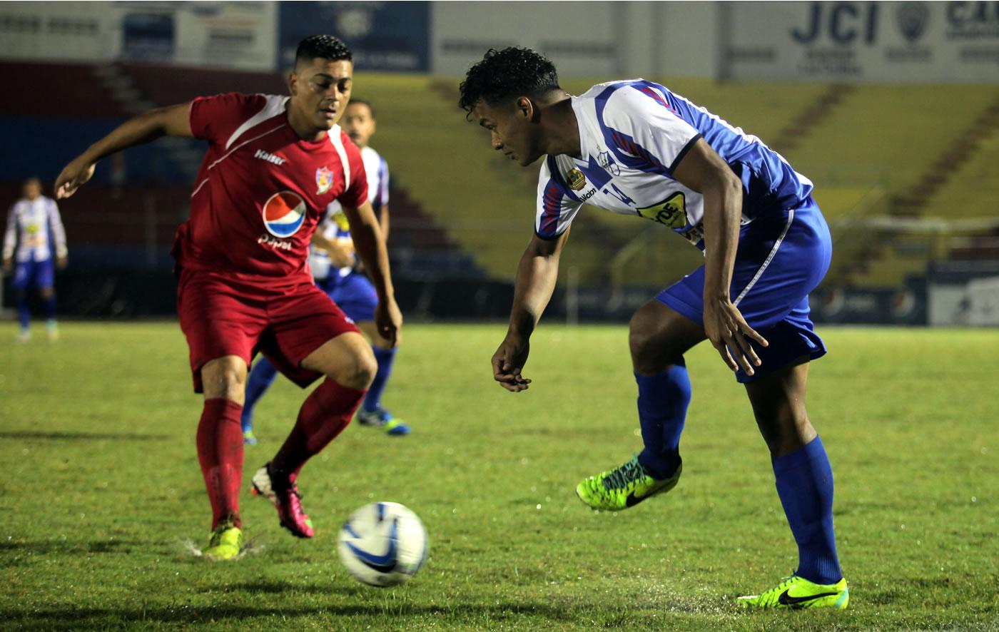 Victoria 2-1 Villanueva